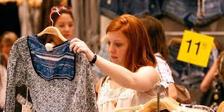 How Forever 21 went from fast-<b>fashion</b> empire to filing for ...