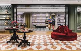 Gucci Bows at Scottsdale <b>Fashion Square</b>