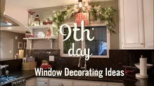 <b>Christmas Garland Window</b> Ideas | Christmas Decorations | 9 ...