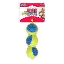<b>KONG Ultra Squeakair</b> мячик с пищалкой