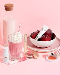 <b>Clarins</b> - When milk becomes make-up...🥛   Peach tree milk ...