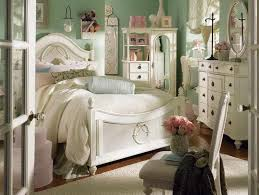 Shabby Chic Bedroom Wall Colors : Green colour bedroom design elegant best ideas about walls