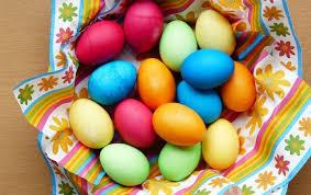 Красим яйца на Пасху в разные <b>цвета</b> — самые <b>простые</b> и ...