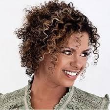 A informação foi divulgada pelo site oficial da cantora, e seu marido, o tecladista Gustavo Soares, também divulgou a ... - Nivea-Soares