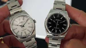 Up Close: The Rolex Oyster Perpetual <b>39mm</b> Black and White ...