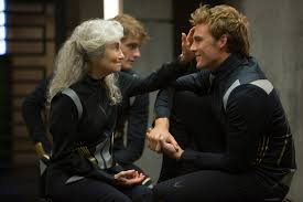 movie review catching fire blasts screen revolutionary theme film review the hunger games catching fire