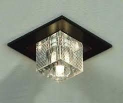 Купить встраиваемые <b>светильники</b> в интернет-магазине