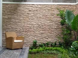 tembok batu alam minimalis: Tips jitu desain dinding rumah batu alam agar terlihat menawan