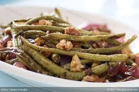 Balsamic <b>Roasted</b> Green Beans, Red <b>Onion</b> and <b>Toasted</b> Walnuts ...