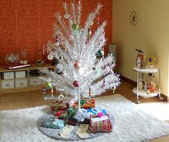 History Lesson: The Aluminum Christmas Tree - Etsy Journal