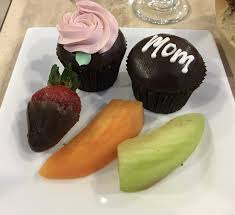taste of hawaii mothers day breakfast at home cake couture cup cakes and edible arrangements fruit basket