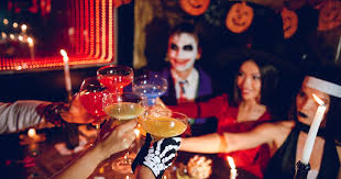 10 Easy <b>Halloween Costumes For 2019</b> That Are The Life Of The Party