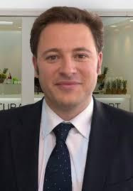 F. C. El socio fundador de la franquicia Llaollao, Pedro Espinosa Martínez, recibirá mañana el Premio Rey Jaime I al Emprendedor 2013, que se entregará en ... - pedro-espinosa