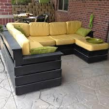 wooden pallet patio furniture