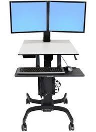 <b>Мобильное рабочее место</b> для двух мониторов <b>Ergotron</b> WorkFit ...