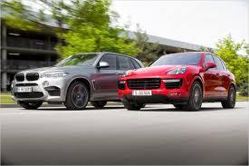 Тест-драйв: BMW X5 M против <b>Porsche Cayenne Turbo</b> S