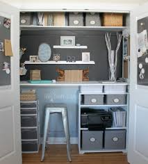 now heres kristin to show you her awesome budget friendly home office makeover budget friendly home offices