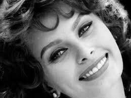 <b>Софи Лорен</b> Красавица в 80 с лишним - YouTube
