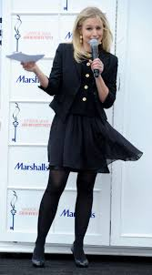 kristen bell at marshalls dress for success fashion show  kristen bell at marshalls dress for success fashion