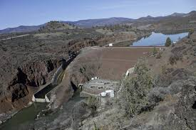 Largest US <b>dam</b> removal stirs debate over coveted <b>West</b> water