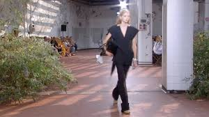 <b>Jil Sander</b> | Spring Summer 2019 Full <b>Fashion</b> Show | Exclusive ...