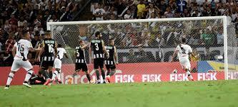Resultado de imagem para rafael silva, marca o gol do vasco 26 04 2015