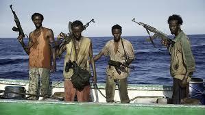 مقديشو - انباء عن خطف سفينة لنقل الوقود على يد قراصنة صوماليين