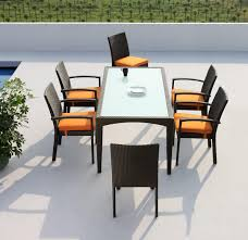 outdoor dining table rattan