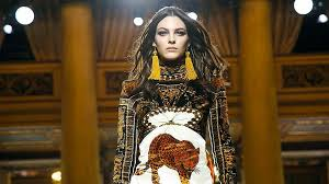 <b>Versace vs versus</b> fashion couture for women | STYLE | Upscale ...