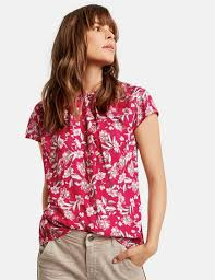 <b>Blouse</b> top with a <b>floral print</b> in Pink | GERRY WEBER