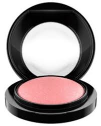 Amazing Deal on <b>MAC Dainty</b> Mineralize Blush