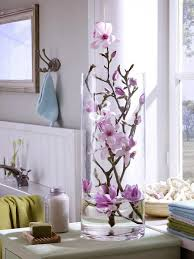 day orchid decor: setting accent flowers setting