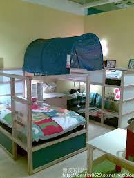 how to arrange the ikea kura bunk bed for 3 kids pretty cool been arrange cool