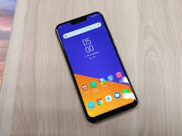 <b>ASUS</b> Launches the <b>ZenFone 5</b>: Now With Added Notch