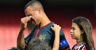 Resultado de imagem para Luis Fabiano despedida São Paulo