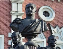 Картинки по запросу Бюст Николаю первому у Казанского вокзала