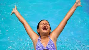 Resultado de imagen de fotos piscina