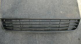 Как снять <b>нижнюю решётку радиатора</b> Фольксваген Поло седан ...