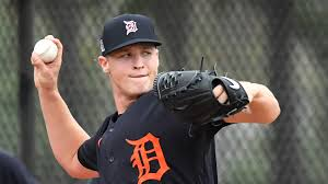 As pitchers and <b>catchers</b> report, Tigers weigh when to play prospects