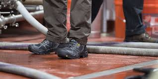 <b>Non</b>-<b>Slip</b> Work Boots and Shoes | KEEN Utility