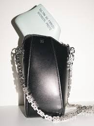 <b>Haute Couture</b> | <b>GIVENCHY</b> Paris