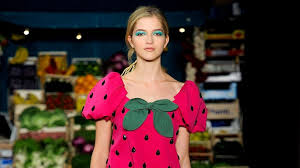 <b>Moschino Cheap And</b> Chic Spring 2012 Ready-to-Wear Collection ...