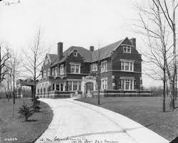 Tudor Revival   Making Things WorkAlfred M  Glossbrenner House     Image by courtesy of the Bass Photo