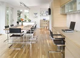 like this big beautiful modern office