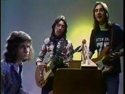 <b>Genesis - a trick</b> of the tail. - YouTube