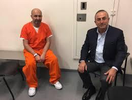 Dışişleri Bakanı ABD'de tutuklanan 2 Türk'ü ziyaret etti