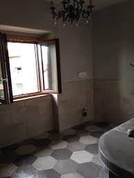 Colori Per Dipingere Le Pareti Del Bagno : Che delusione il colore grigio delle pareti del bagno è venuto male