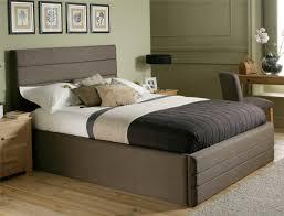 black bedding for black furniture