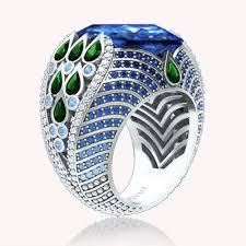 Кольцо в белом золоте | Бриллианты, Розовые бриллианты ...