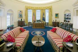 as for almost everyone who steps foot in it being in the oval office always gave bill clinton a feeling of standing on democracys hallowed ground bill clinton oval office